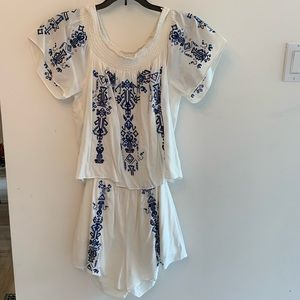 Adorable white and blue romper by Parker